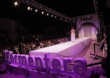 'Simply Formentera'—audiences come away dazzled from yesterday's runway show