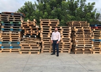 Consell launches programme encouraging islanders to repurpose pallets